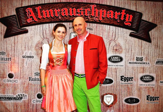 Almrauschparty in Kitzbühel – eine der buntesten Parties in den Bergen